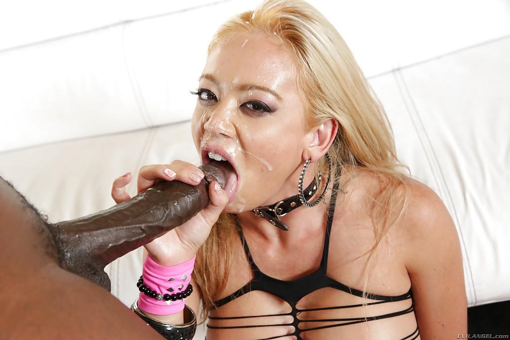 Смотреть чпокнул блондиночку онлайн