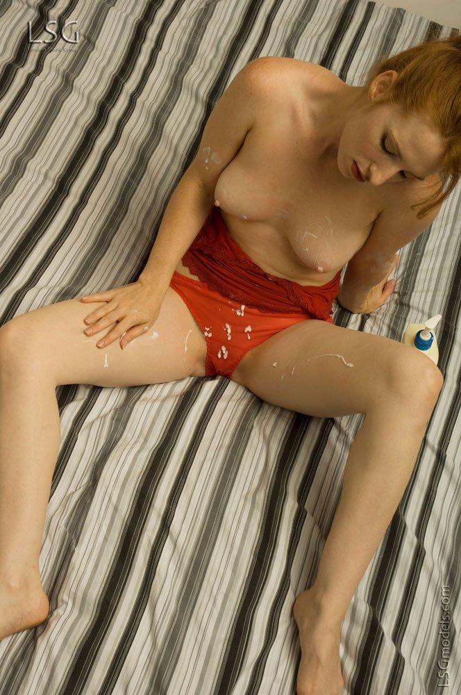 Смотреть бикини смазала онлайн