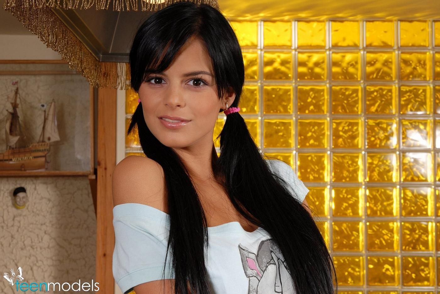 Смотреть Angelica онлайн