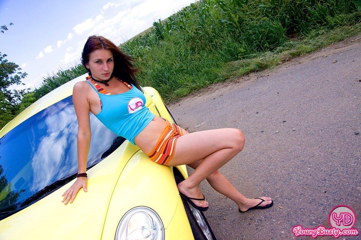 Смотреть автомобиль онлайн